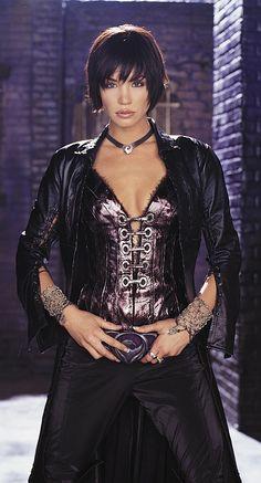Ashley Scott as the Huntress from Birds of Prey
