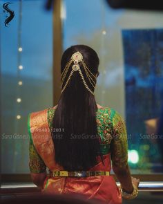 Trendy bridal jewellery indian hairstyles 59 Ideas - New Site Bridal Hairstyle Indian Wedding, Bridal Hairdo, Hairdo Wedding, Indian Wedding Hairstyles, Wedding Dress, Saree Hairstyles, Bride Hairstyles, Simple Hairstyles, Engagement Hairstyles