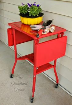 Vintage Typing Table Makeover---HEY I have one of these...maybe I could maybe use a little less bright color??