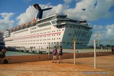 16 Helpful Tips for a Cruise with an Autistic Child...best to ask before wishing you had and regretting it.