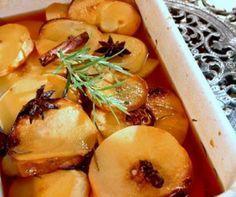 Marmelos Assados Portugal, Portuguese Recipes, Portuguese Food, Foie Gras, Spanish Food, Greek Recipes, Preserves, Wines, Cantaloupe