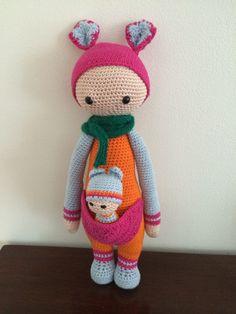 Kira the kangaroo made by Gabrielle tB / crochet pattern by lalylala