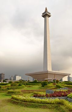 National Monument, Jakarta, Indonesia - Visit http://asiaexpatguides.com to make the most of your experience in Indonesia! Like our FB page https://www.facebook.com/pages/Asia-Expat-Guides/162063957304747 and Follow our Twitter https://twitter.com/AsiaExpatGuides for more #ExpatTips and inspiration!