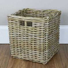Vintage Green /& Cream Plastic Woven Plant Pot Holder Storage Basket Waste  Recycling Basket by Smit and Co