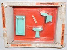 Vintage Lisa of Denmark Dollhouse Bathroom | eBay