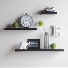 5 Miraculous Cool Tips: Rustic Floating Shelves Wood floating shelf arrangement above couch.Floating Shelves Over Tv Ikea Hacks how to build floating shelves shelf brackets.Floating Shelf Arrangement Above Couch. Floating Shelves Bedroom, Floating Shelves Kitchen, Wooden Floating Shelves, Wooden Wall Shelves, Rustic Floating Shelves, Glass Shelves, Decorative Shelves, Shelf Wall, Decorative Accents