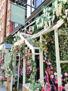 Lunch in full bloom at The Ivy Chelsea Garden #EatOutToHelpOut Beautiful Gardens, Beautiful Flowers, The Ivy Chelsea, Ivy Restaurant, Grilled Broccoli, Chelsea Garden, Buffalo Mozzarella, Lemon Butter Sauce, Strawberry Sauce