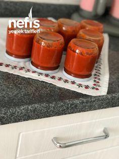 Kahvaltılık Sos - Nefis Yemek Tarifleri - Hayriye Taş Turkish Recipes, Hot Sauce Bottles, Pudding, Desserts, Food, Tailgate Desserts, Deserts, Eten, Puddings