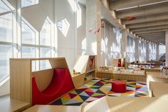 Snøhetta and Dialog's New Central Library for Calgary features vast wood-lined atrium Public Library Design, School Library Design, Kids Library, Central Library, School Libraries, Library Plan, Open Library, Library Ideas, Education Architecture