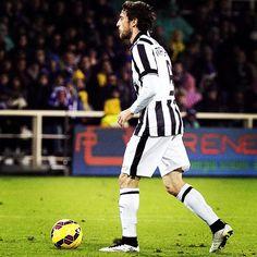 #ClaudioMarchisio Claudio Marchisio: Potevamo fare meglio ma un punto a Firenze va sempre bene. Ora pensiamo già alla prossima sfida!! #seriea #firenze #pareggio #nextmatch #championsleague #at.madrid @juventus #tuttiinsime
