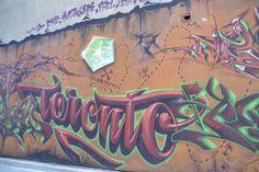Além dos incríveis bairros étnicos, museus, parques e restaurantes, Toronto é também uma das cidades mais gostosas do planeta para fãs de street art