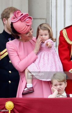 News Photo : Prince Harry, Catherine, Duchess of Cambridge,...