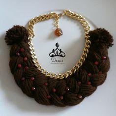 Bretzel Necklace