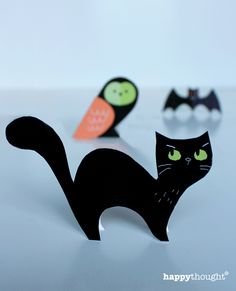 cute bats, cats & owls - free paper craft printables for Halloween. http://printablepaperproducts.com/printable-crafts/halloween-crafts