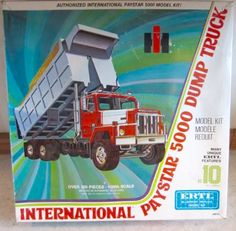 Petes Dragon Movie, Dragon Movies, Plastic Model Kits, Plastic Models, Model Truck Kits, Pete Dragon, Monogram Models, Wood Toys Plans, International Harvester