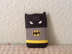 funda de móvil de Batman con goma eva/ Batman mobile case made with foam rubber