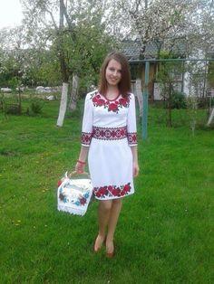 Moda ucraniana Traditional, Summer Dresses, Fashion, Sweetie Belle, Needlepoint, Moda, Summer Sundresses, Fashion Styles, Fashion Illustrations