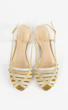 The perfect festival sandals for summer! Metallic glitter slingback sandals.  | MakeMeChic.com