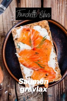 Découvrez notre recette de saumon gravlax ! Squeezed Lemon, Healthy Recipes, Dish