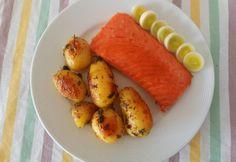 Sült lazac vajas burgonyával Mango, Cooking Recipes, Fruit, Foods, Drinks, Kitchen, Christmas, Manga, Food Food