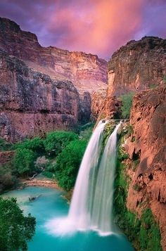 Havasu Falls, Grand Canyon, Arizona The landscapes of waterfall is so beautiful to relief our stress and make our heart with the nature. Gift of god. Grand Canyon Arizona, Arizona Usa, Arizona Travel, Arizona State, Sedona Arizona, Arizona Trip, Visit Arizona, Canyon Utah, Places Around The World