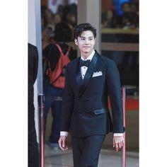 Bank Thiti, Asian Men, Thailand, Suit Jacket, Breast, Suits, Boys, Jackets, Fashion