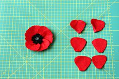 Quirky How To: Felt Poppies - Quirky Sewing Poppy Template, Felt Patterns, Peyote Stitch, Macrame Bracelets, Polymer Clay Earrings, Clay Jewelry, Templates, Beads, Sewing