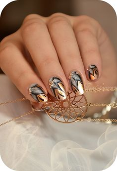 Beautiful gold nails