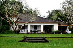 His country estate Lunuganga New House Plans, Dream House Plans, My Dream Home, Dream Homes, Courtyard House, Facade House, Indian Home Design, Tropical Architecture, Kerala Houses