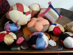 바늘쌈지~ (Jogakbo Pin Cushions)