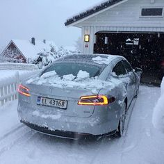 """Børre's first winter drive with Model S: """"My god what a great car"""" #Tesla #cars #allwheeldrive #electric #tagforlikes #sportscar #FF"""