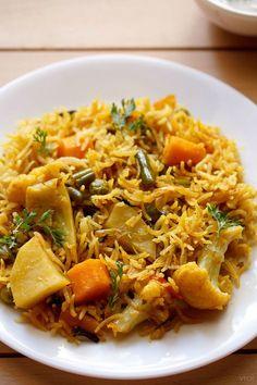 vegetable tahiri recipe, how to make vegetable taheri recipe Cooking Dishes, Cooking Recipes, Cooking Oil, Side Dish Recipes, Vegetable Recipes, Easy Recipes, Vegetarian Dinners, Vegetarian Recipes, Risotto