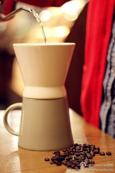 Starbucks V60 Coffee, Coffee Mugs, Starbucks Coffee, Coffee Maker, Coffee Maker Machine, Coffee Percolator, Starbox Coffee, Coffee Cups, Coffee Making Machine