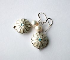 White+Daisy+Flower+Enamel+White+Pearl+Beaded+by+westlakebeads,+$24.00