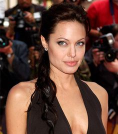 25 Most Inspiring Bombshells: Angelina Jolie