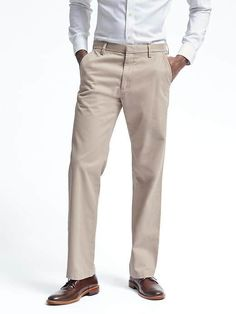 4bda14aec6b6c2 Browse chino pants for men from Banana Republic. Men s chinos are great for  both business and pleasure.