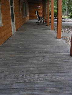 Faux wood finish on concrete patio Outdoor Concrete Stain, Painted Cement Patio, Wood Stamped Concrete, Painted Concrete Floors, Stained Concrete, Concrete Finishes, Painting Concrete Porch, Concrete Stamping, Concrete Patio Designs