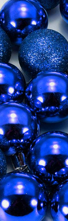Im Blue, Love Blue, Blue And White, Dark Blue, Blue Christmas, Christmas Colors, Beautiful Christmas, Christmas Ornaments, Blues