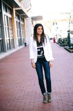 STYLE'N | Naina Singla - fashion stylist and style expert - Blog - How To Wear A T-Shirt (and still lookstylish)