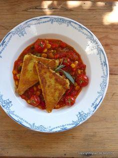 grain de sel - salzkorn: Im Moment: Polentaschnitten mit Paprika-Tomaten-Mais-Gemüse