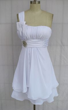 One Shoulder Layered Chiffon Pleated Short Modern Wedding Dress Plus Size $52.99  this would be so cute as a maid of honor dress...