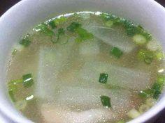 相性ぴったり★大根としめじの中華スープの画像