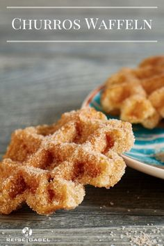 Churros today in waffle shape but still tasty - Resie .- Churros heute mal in Waffelform aber trotzdem lecker – Resiegabel Churros Waffles 2 - Donut Recipes, Coffee Recipes, Cake Recipes, Dessert Recipes, Dinner Recipes, Healthy Recipes, Dessert Ig Bas, Chocolate Smoothie Recipes, Still Tasty