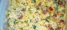 Hoe langer die slaai staan hoe lekkerder is dit (genoeg vir 6 porsies) . 2 gerookte russians 1 kop rou witrys, gaar gekook – afgekoel 1 groen soetrissie, in blokkies gesny 1 ui, fyn gekap 1 k… South African Dishes, South African Recipes, Ethnic Recipes, Braai Recipes, Cooking Recipes, Braai Salads, Kos, Recipe Today, Summer Salads