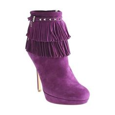 Pre-Owned Christian Dior Purple Suede Ankle Fringe Boots ($265) ❤ liked on Polyvore featuring shoes, boots, ankle booties, purple, suede boots, suede fringe booties, short suede boots, bootie boots and suede booties