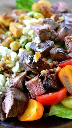 Balsamic Honey Grilled Steak Salad and Vinaigrette