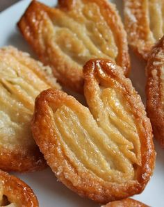 Palmier (Elephant Ear) cookies by Ina Garten – www.fancycasual… – Valentine's Day Elephant Ear Cookies, Elephant Ears Recipe, Elephant Ear Pastry, Desserts Français, Health Desserts, Puff Pastry Recipes, Puff Pastry Desserts, Phyllo Dough Recipes, Puff Pastries