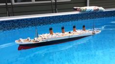 Model 1/570 Titanic Sinking and Splitting