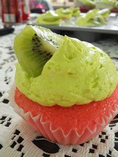 Strawberry Kiwi Cupcake