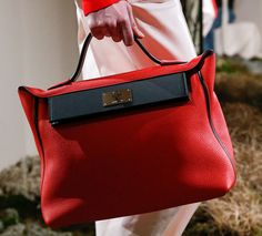 Hermès Makes Some Curious Decisions with Its Pre-Fall 2018 Runway Bags